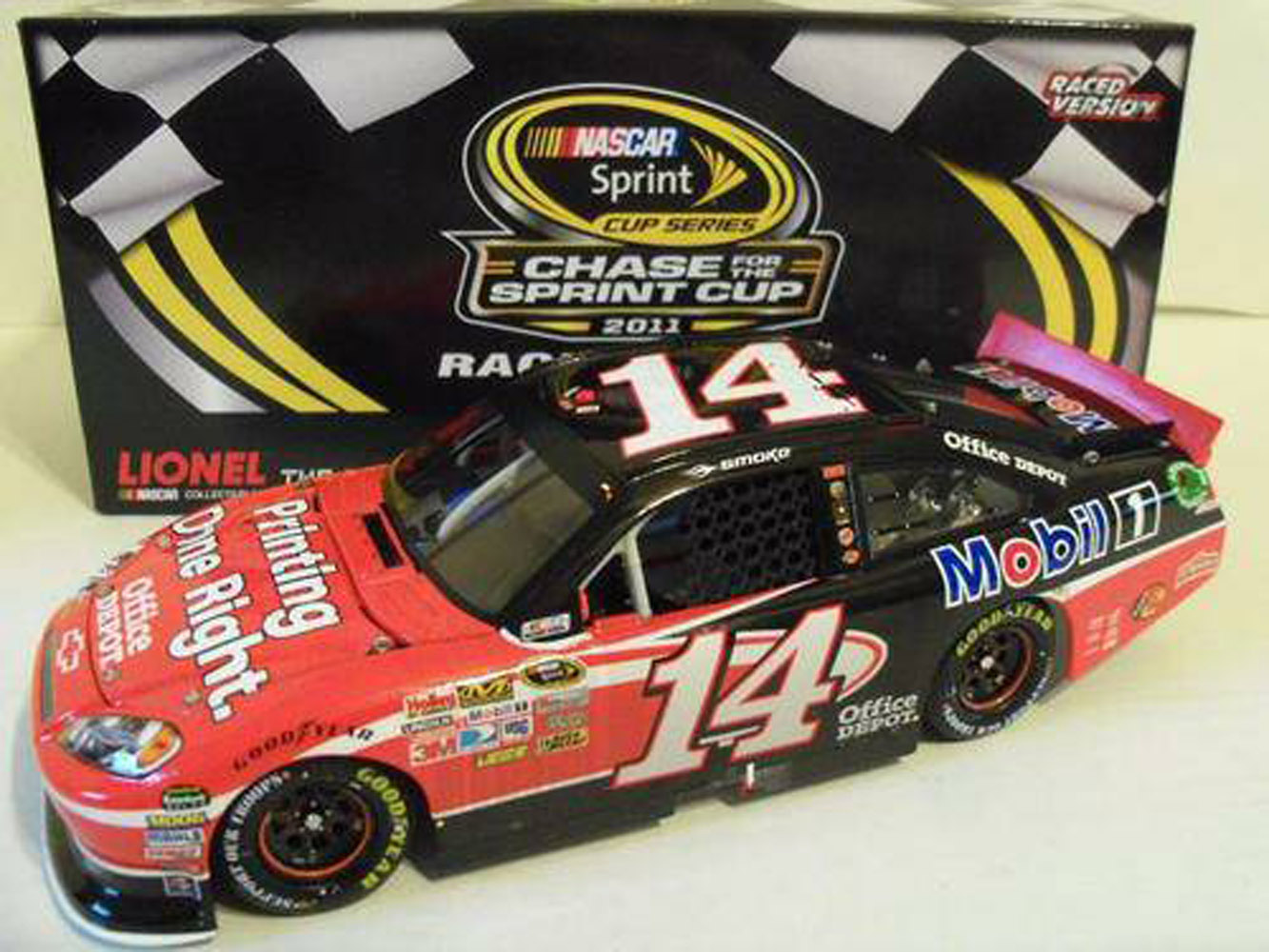2011 Tony Stewart #14 Office Depot Chicago Raced Win 1/24 Diecast Car