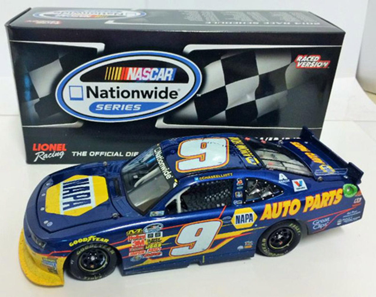 2014 Chase Elliott #9 Napa Chicagoland Raced WIN 1/24 Diecast Car.