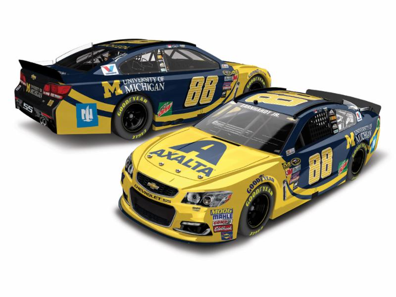 2016 Dale Earnhardt Jr #88 Axalta / Univ of Michigan 1:24 Diecast Car
