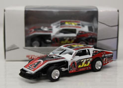 2013 Kyle Berck #33z  1/64 Dirt Modified Diecast Car